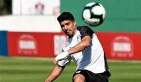 230619 entrenamiento Uruguay Luis Suárez