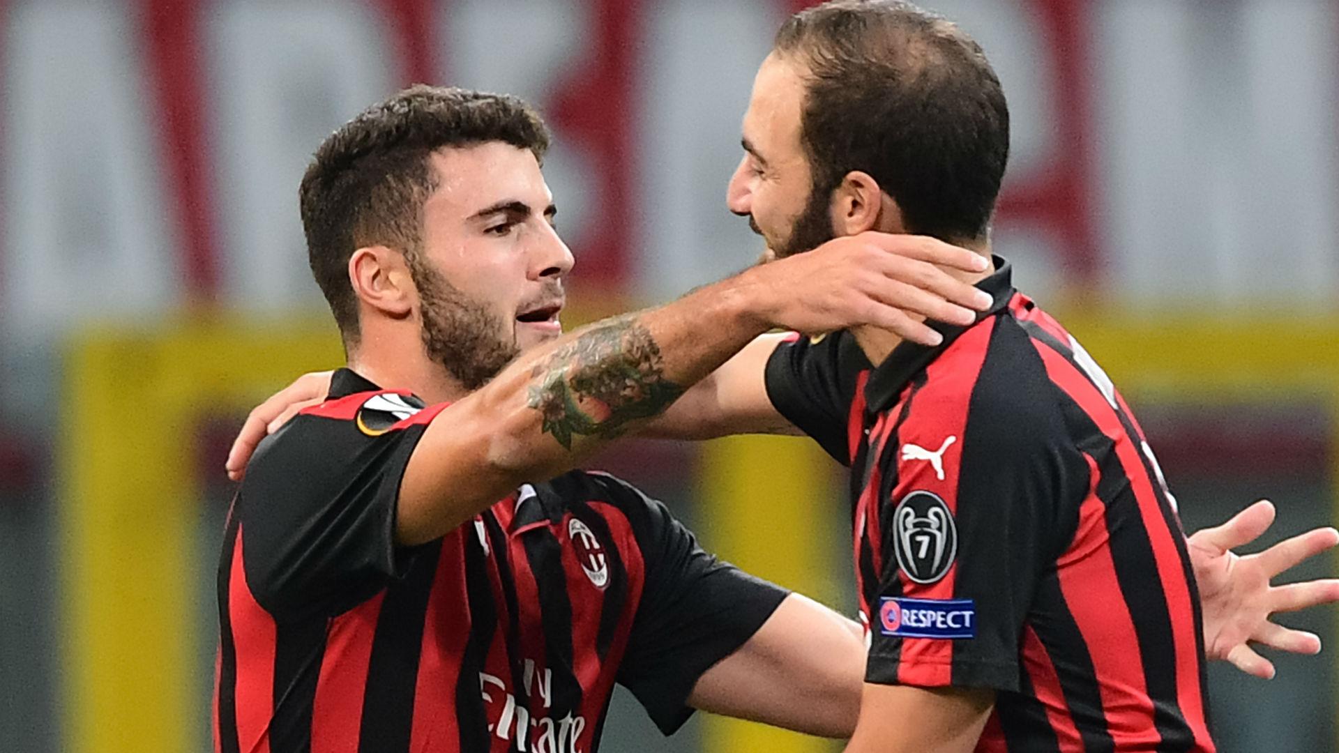 Cutrone Higuain Milan Olympiacos Europa League