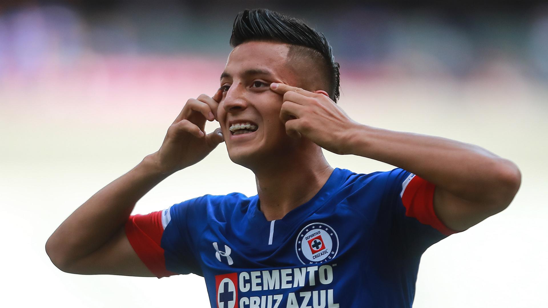 Roberto Alvarado Cruz Azul