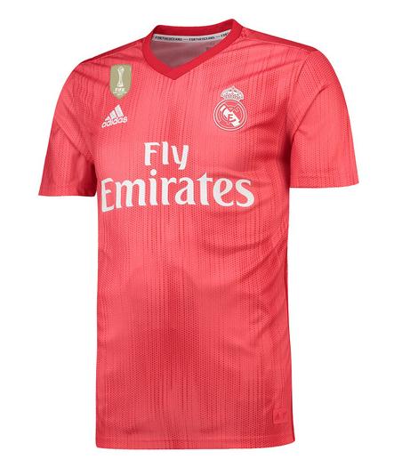 Real Madrid apresenta nova camisa feita de plástico retirado do ... 07bfd8a9d1d06