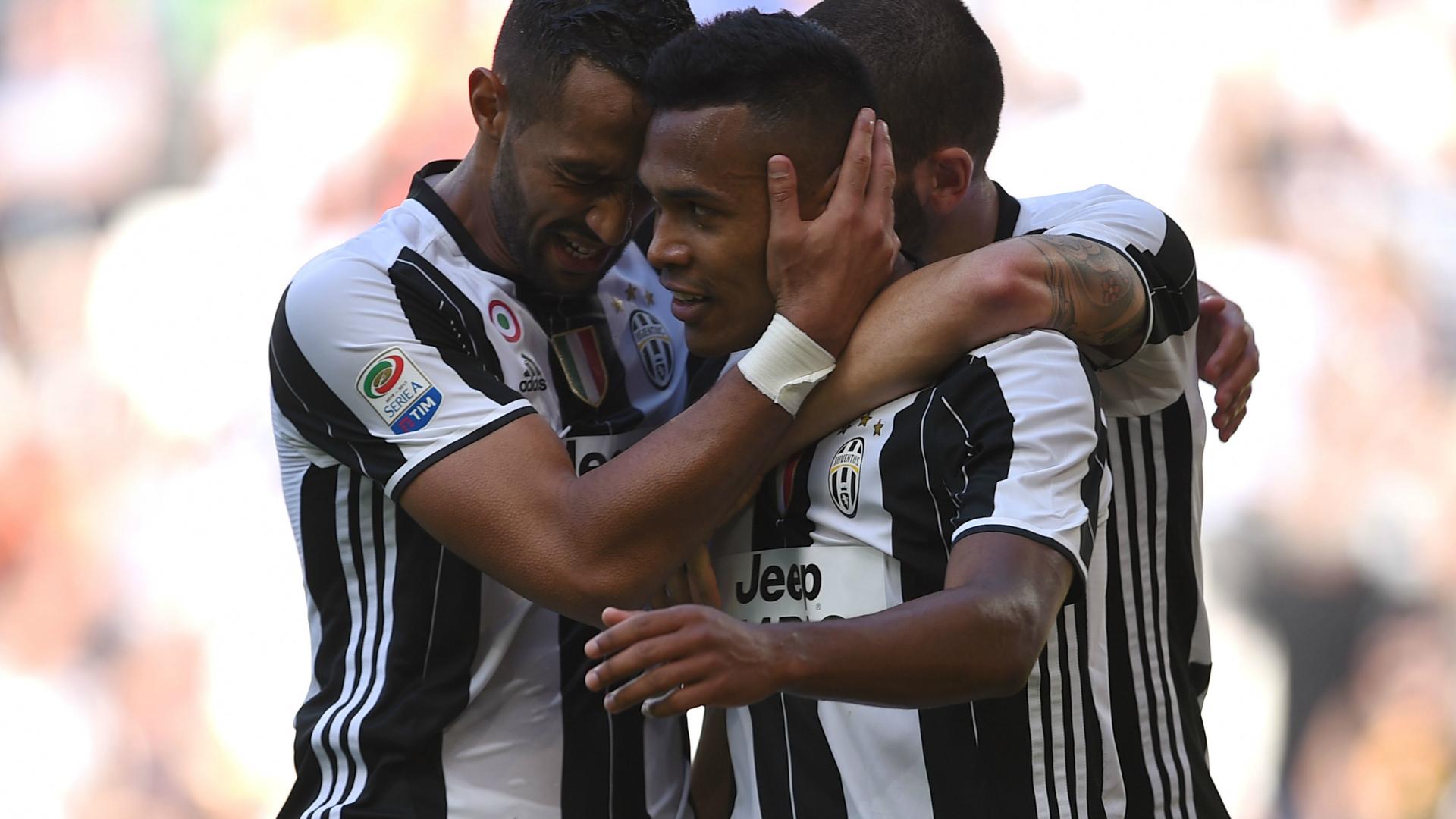 Alex Sandro Juventus Crotone Serie A