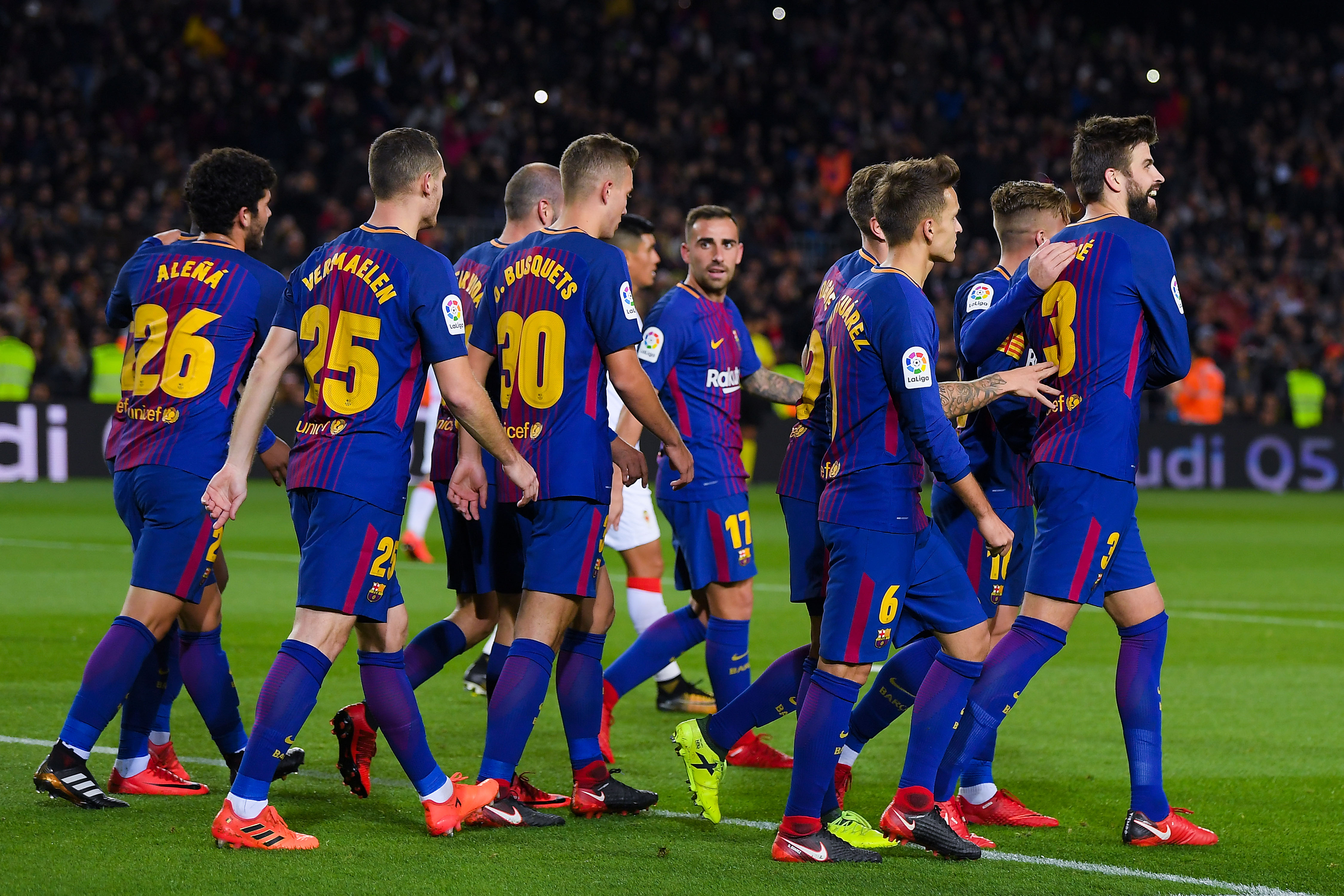Barcelona players celebrate against Murcia