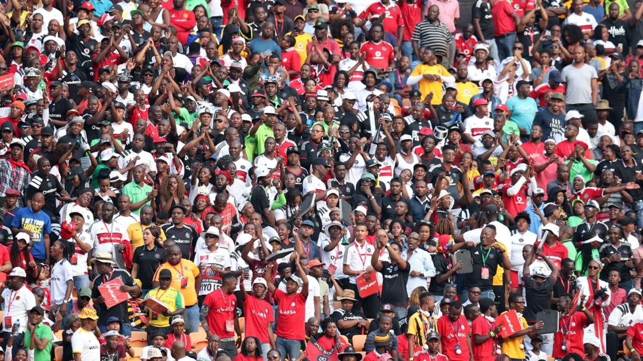 Kaizer Chiefs v Orlando Pirates fans