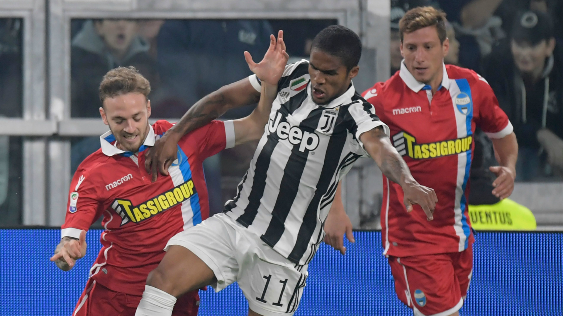 Douglas Costa Juventus SPAL Serie A