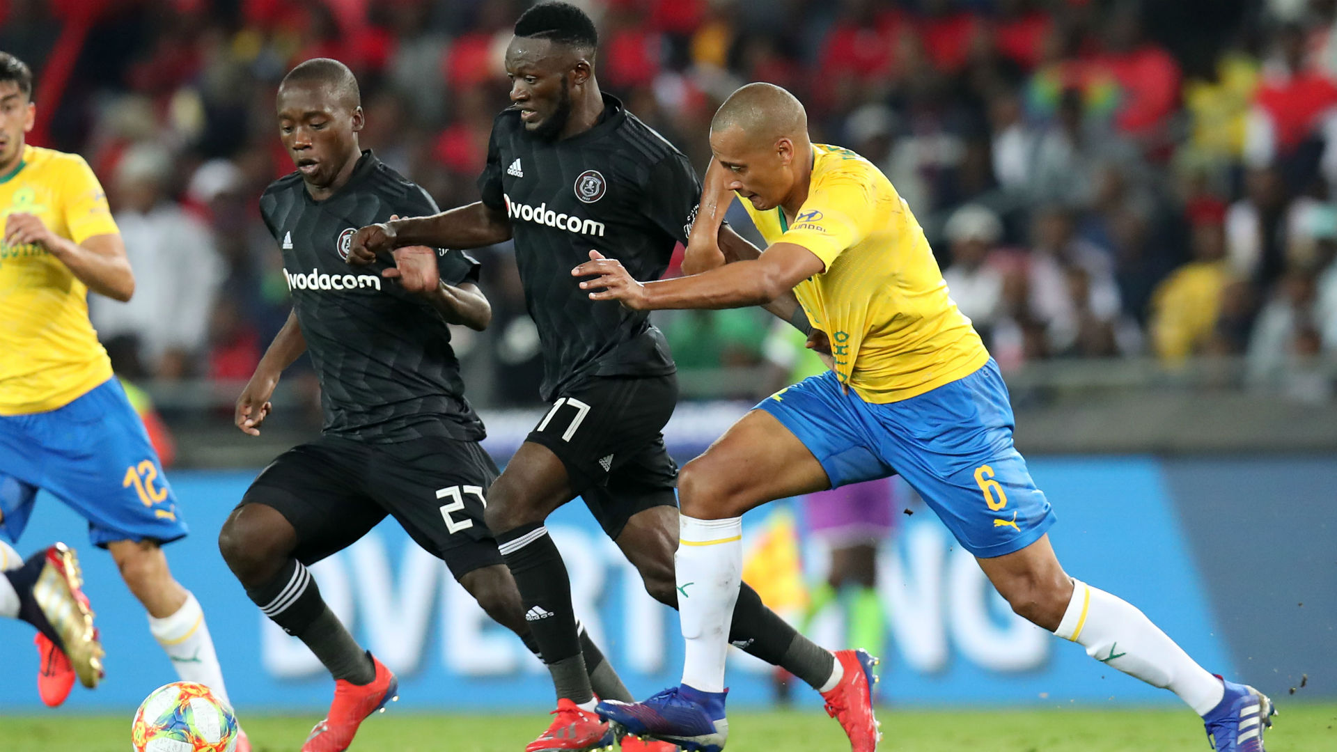 Orlando Pirates v Mamelodi Sundowns April 01