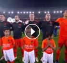 VIDEO: Virgil van Dijk gewinnt Fan-Herzen