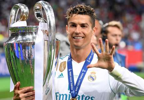 Ronaldo drops new future hint as Madrid celebrate with fans