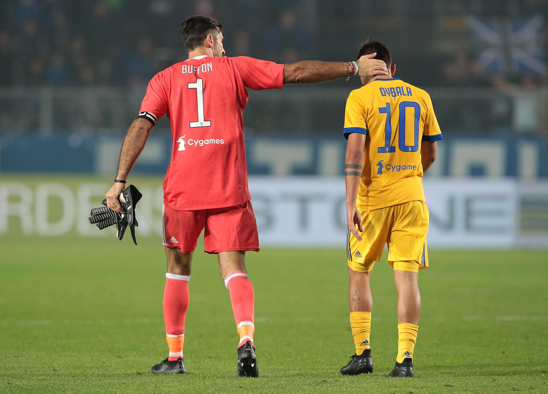 Gianluigi Buffon Paulo Dybala Atalanta Juventus Serie A 01102017