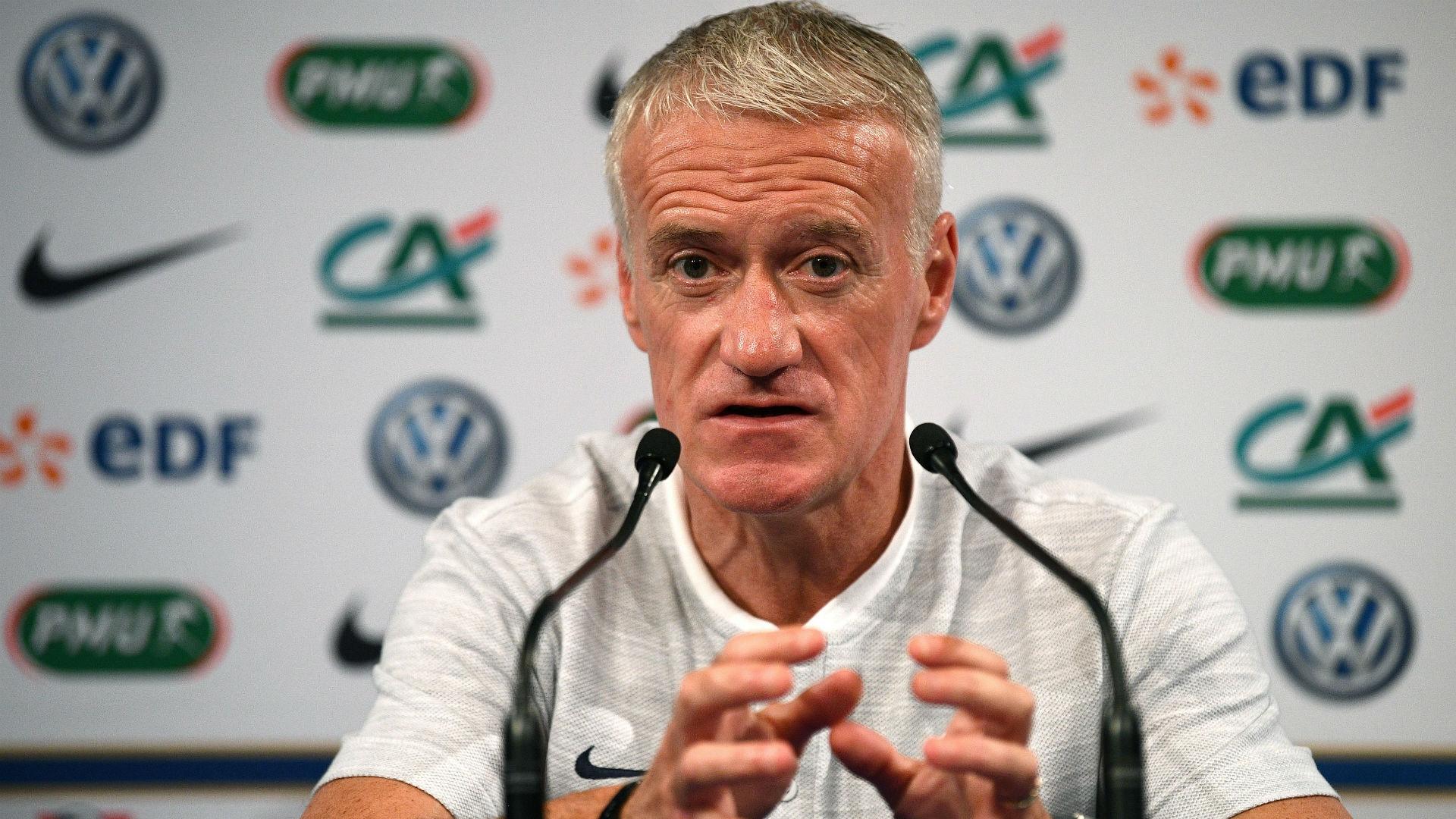 Equipe de France : Deschamps encense Fekir