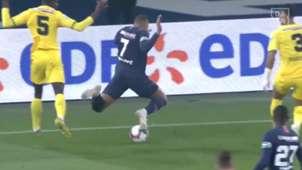 Kylian Mbappe PSG Nantes Dive