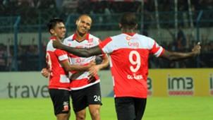 Selebrasi - Peter Odemwingie Madura United