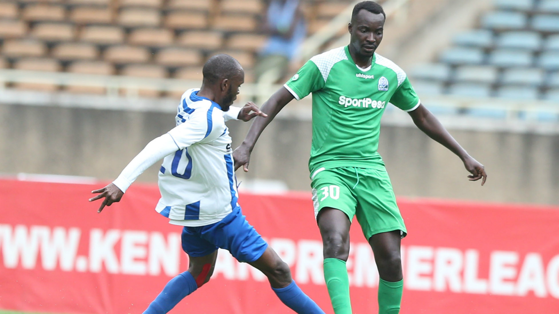 Whyvonne Isuza of AFC Leopards v Humphrey Mieno of Gor Mahia.