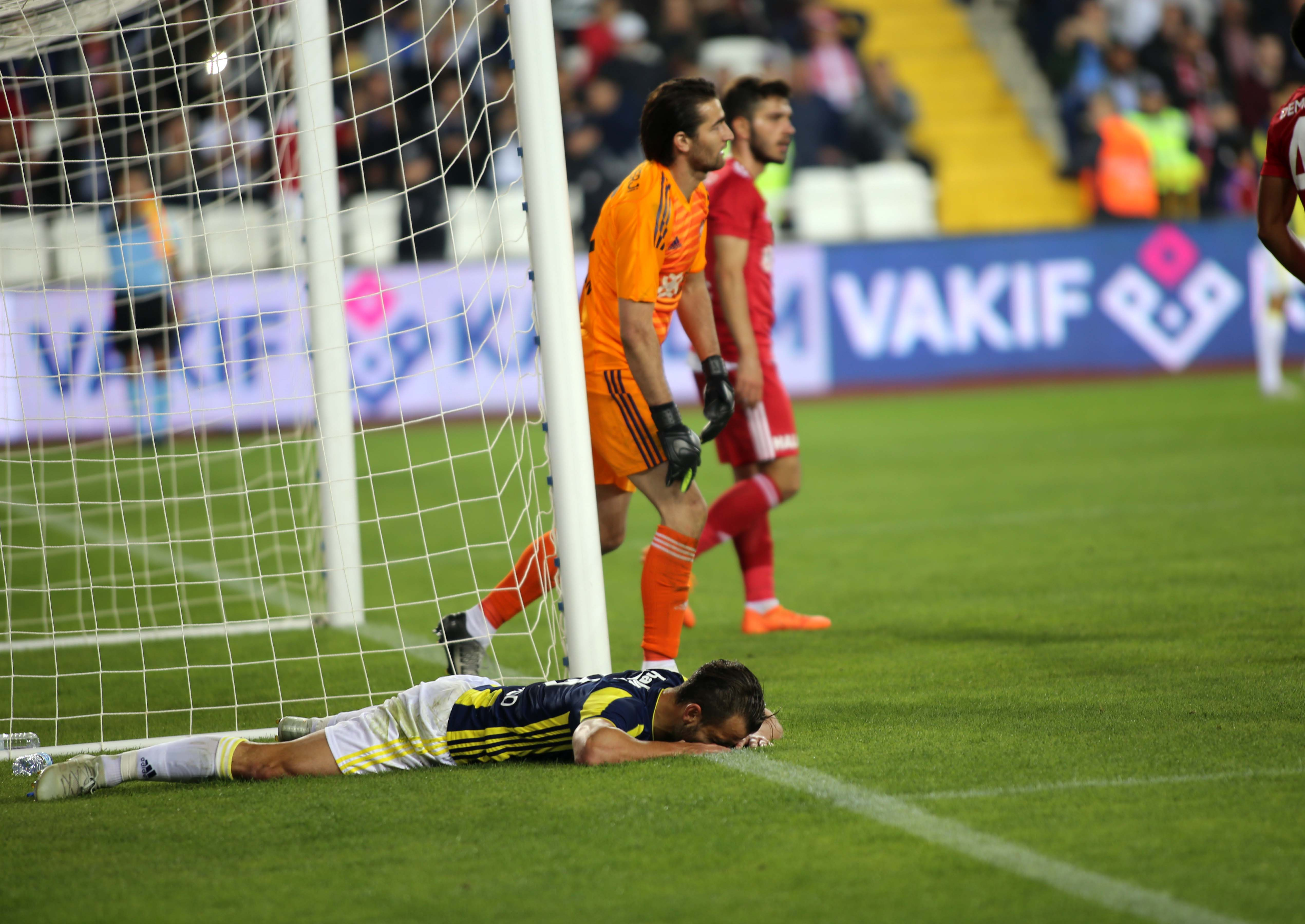 Sivasspor Fenerbahce Roberto Soldado 102018