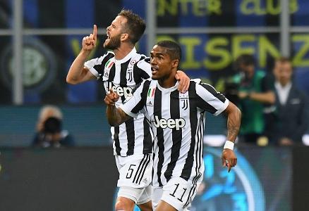 Juventus pjanic avverte il milan vogliamo centrare i for Centrare un div