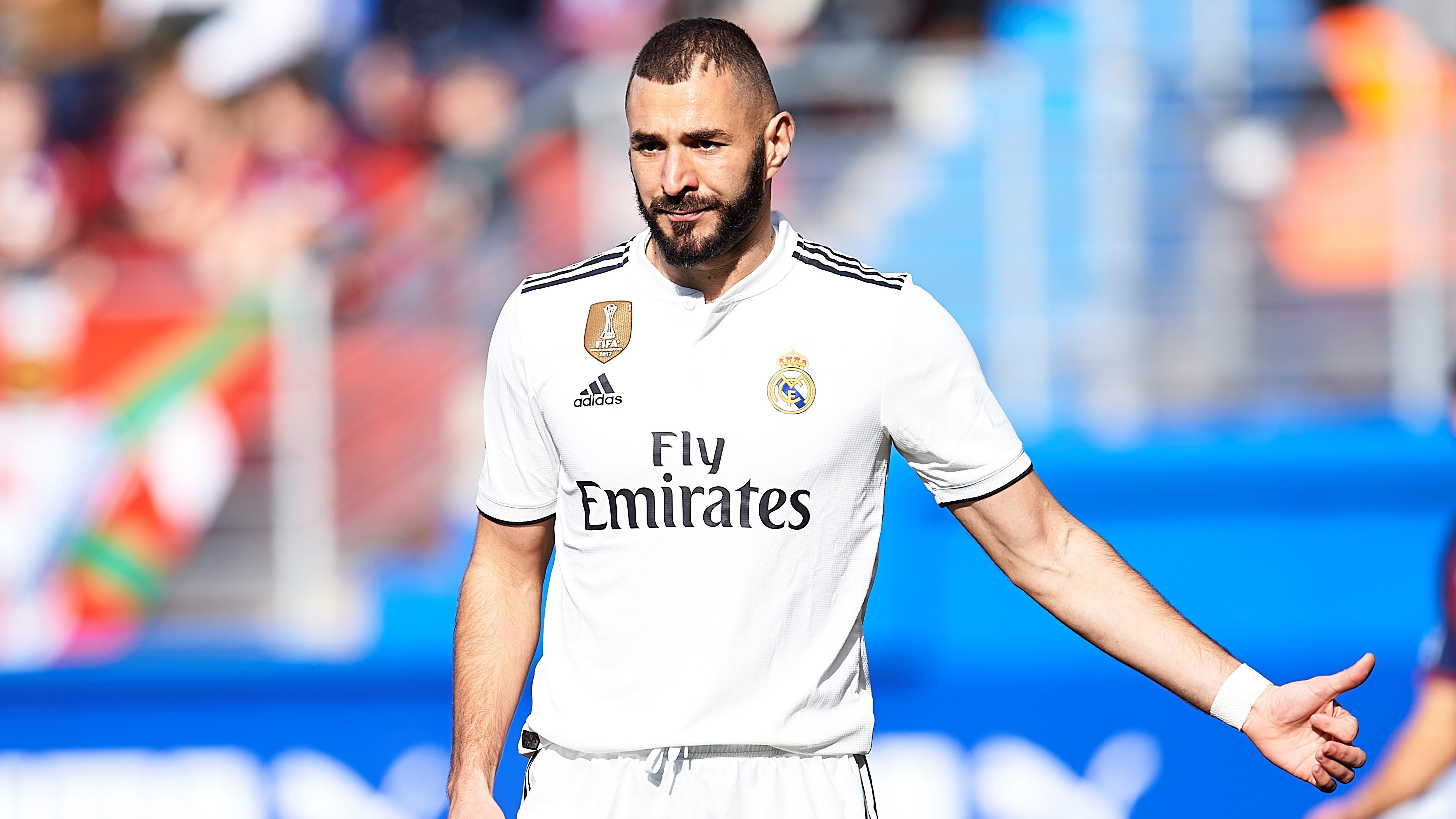 Karim Benzema Eibar Real Madrid LaLiga 24112018