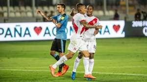 Paolo Guerrero Peru Uruguay Eliminatorias