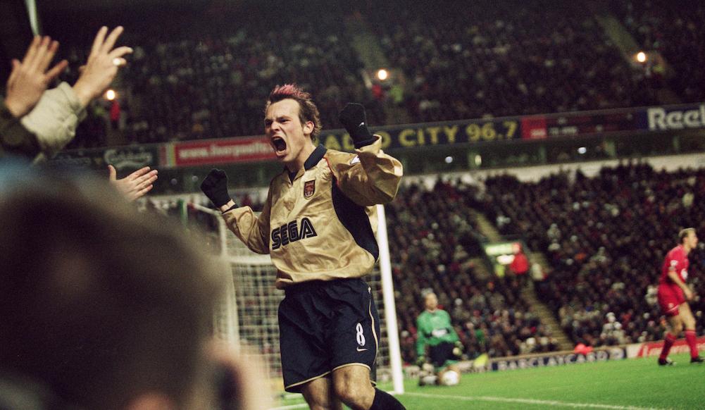 ليفربول في موسم 2001