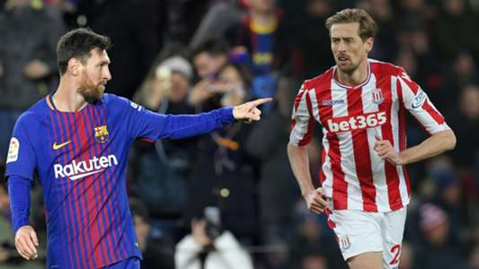 Lionel Messi, Peter Crouch