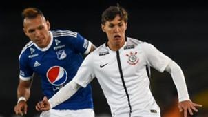 Mateus Vital Juan Dominguez Millonarios Corinthians 28022018 Copa Libertadores