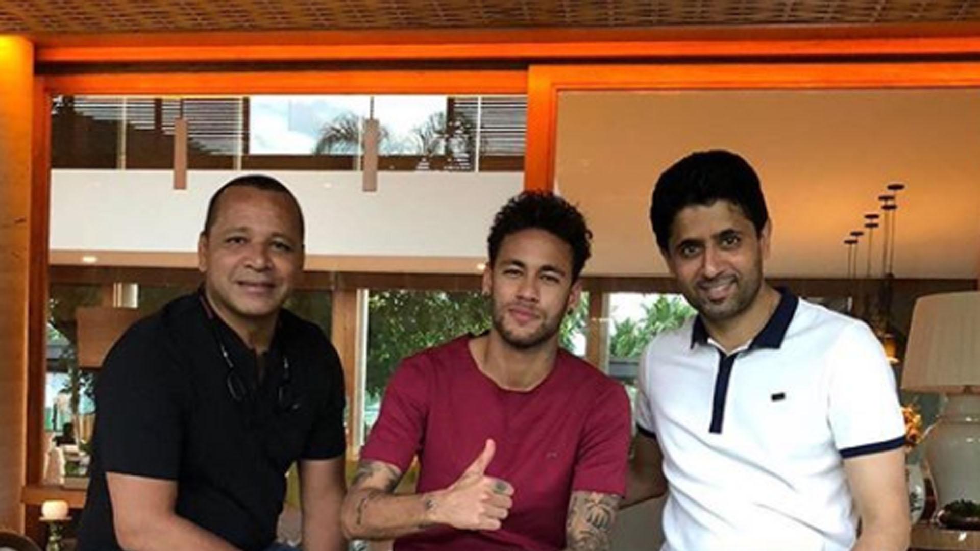 Pai de Neymar diz que futuro do filho passa pelo PSG