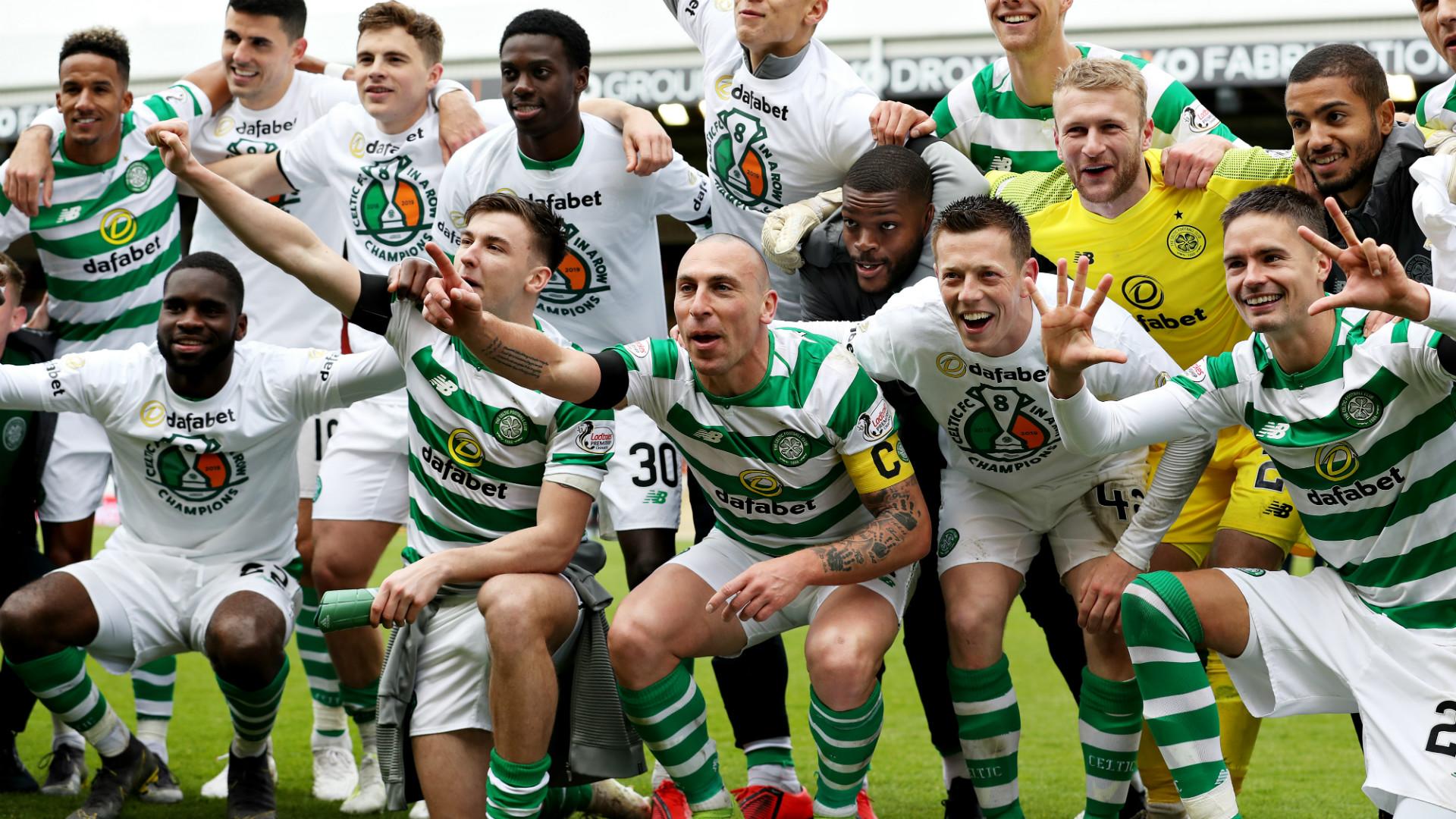 Celtic celebrate 2018-19
