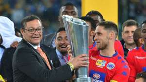 Dean Furman accepts MTN8 trophy