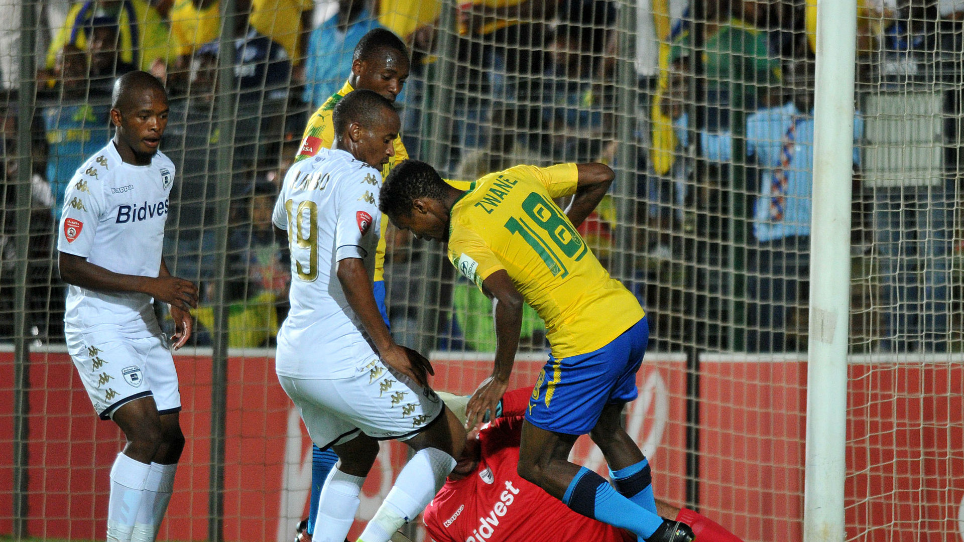 Themba Zwane of Sundowns against Bidvest Wits