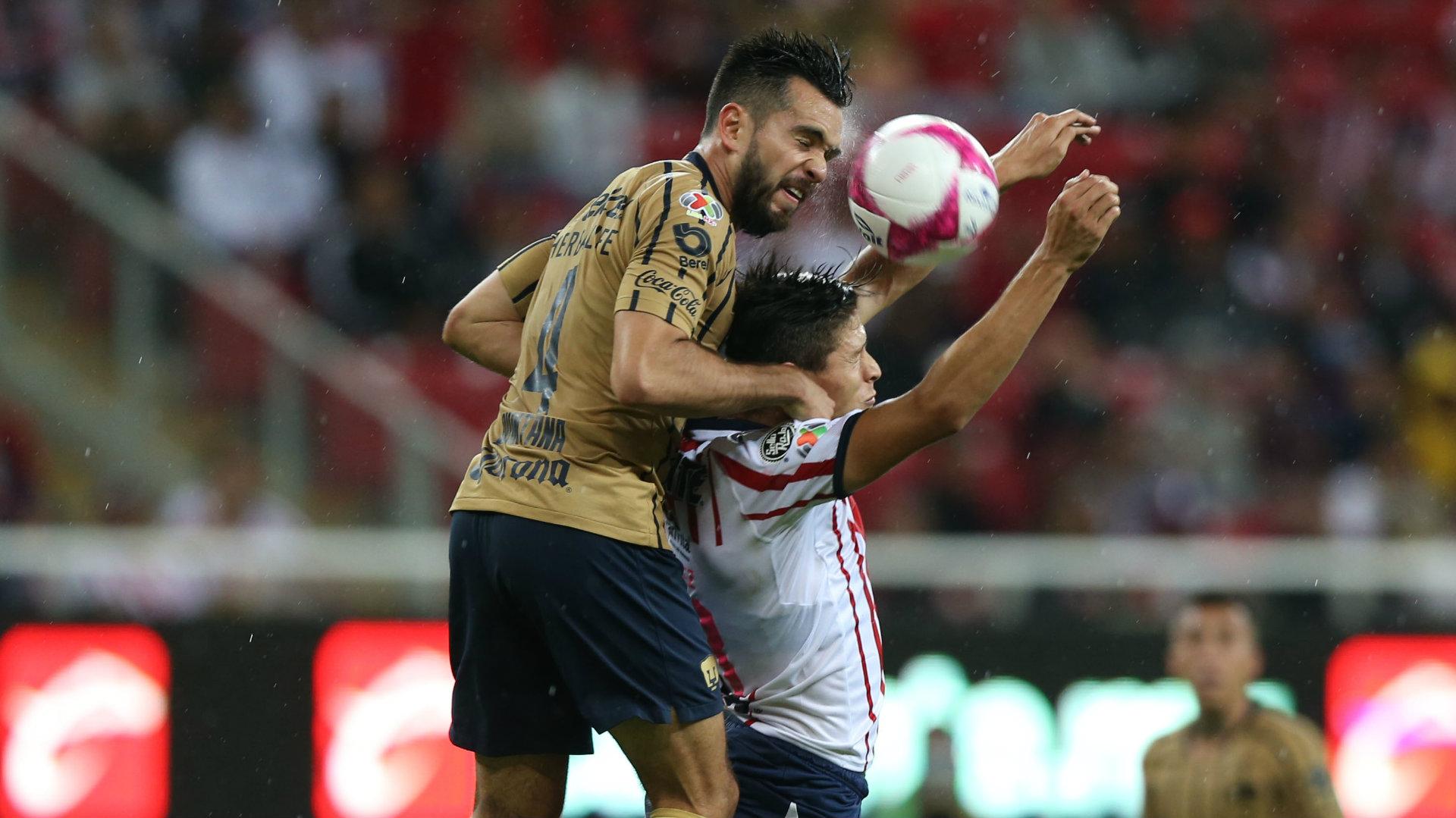 Luis Quintana José Godínez Pumas Chivas 081018