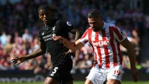 Gini Wijnaldum Jonathan Walters Liverpool Stoke City Premier League