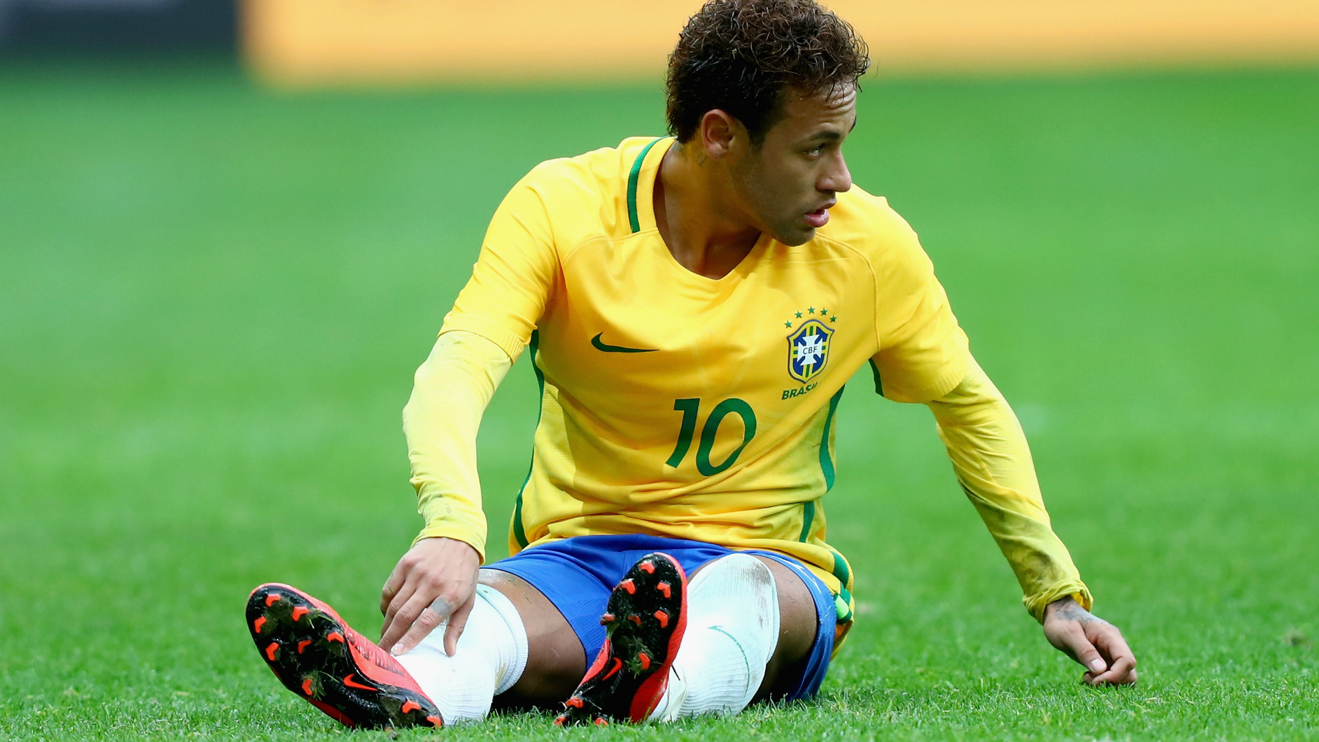 Danilo grabs chance Neymar frustrated Five talking points from