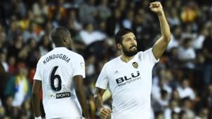 Ezequiel Garay Valencia FC Barcelona 07102018