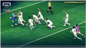 Champ Moment Rusia Cover Clear