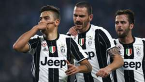 Paulo Dybala Leonardo Bonucci Miralem Pjanic Juventus Napoli Coppa Italia