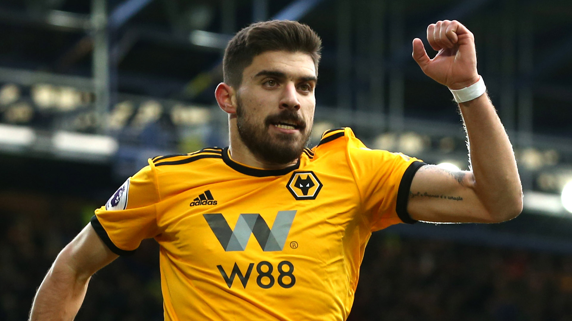 Ruben Neves Wolves 2019