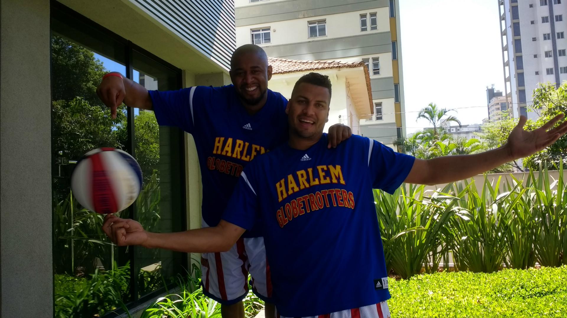 Scooter e El Gato Harlem Globettroters