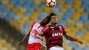 Carlos Arboleda Lucas Paqueta Flamengo Santa Fe 18042018 Copa Libertadores