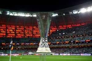 Troféu da Uefa Europa League pouco antes da final entre Chelsea e Arsenal