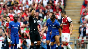 Pedro - Red Card - Community Shield 2017 - Chelsea - Arsena