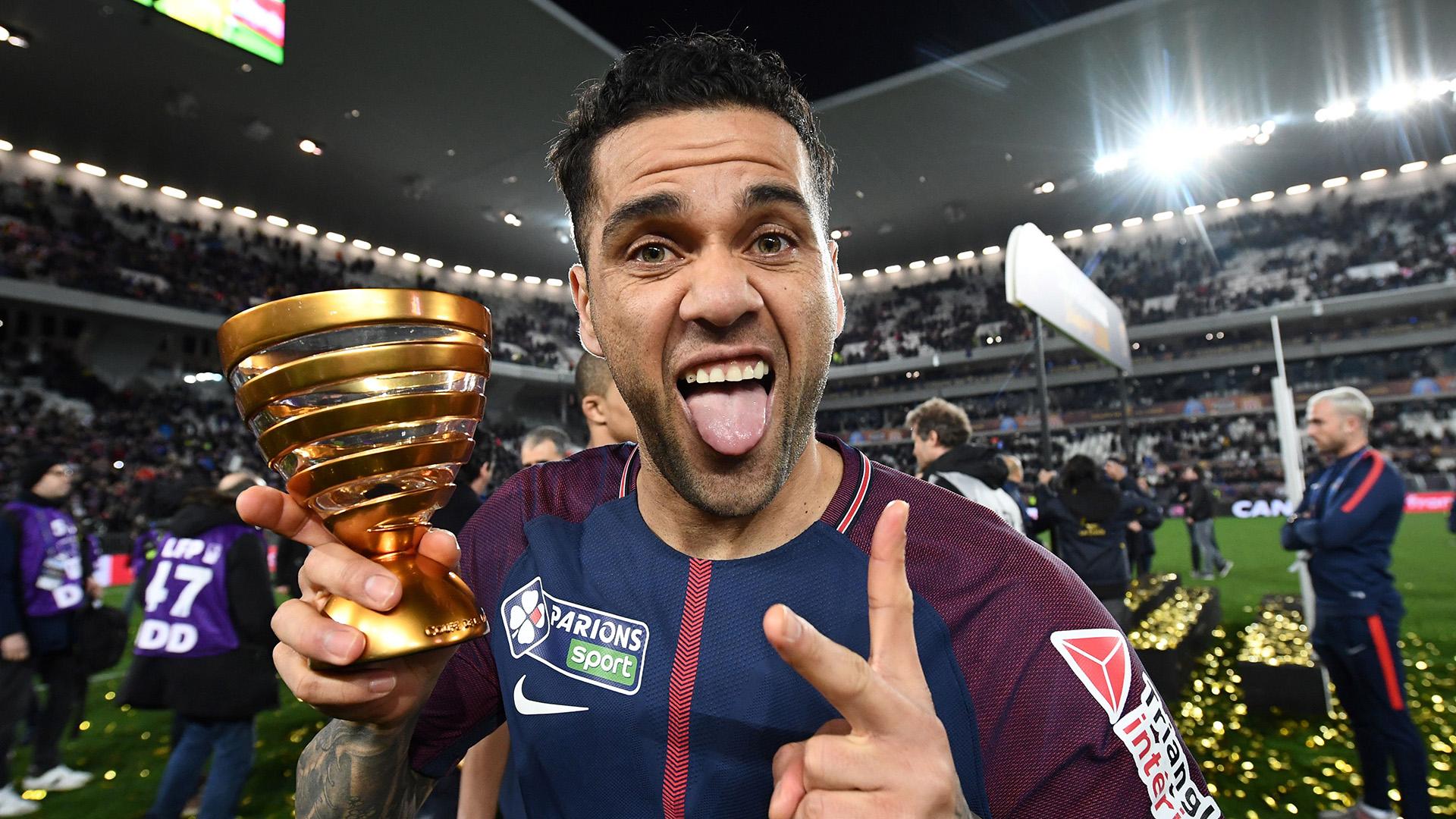 Dani Alves PSG 31032013 Coupe de la Ligue champions