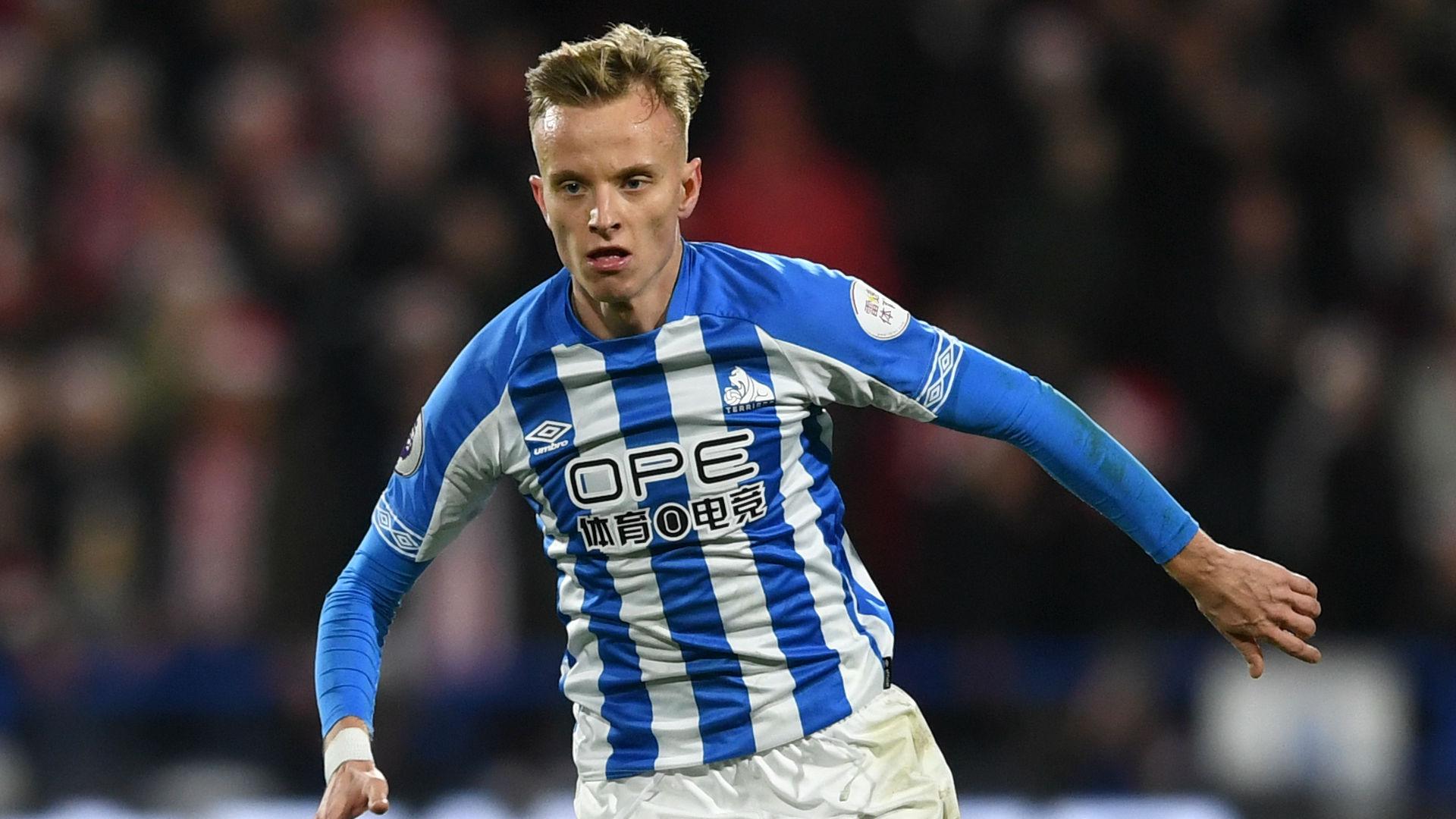 Florent Hadergjonaj Huddersfield Town 2019