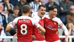 Aaron Ramsey Granit Xhaka Mesut Ozil Arsenal 15092018