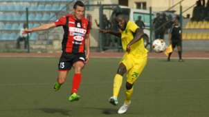Plateau United vs. USM Alger - Derfallou, Junior Salomon