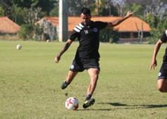 Carlos Rolon