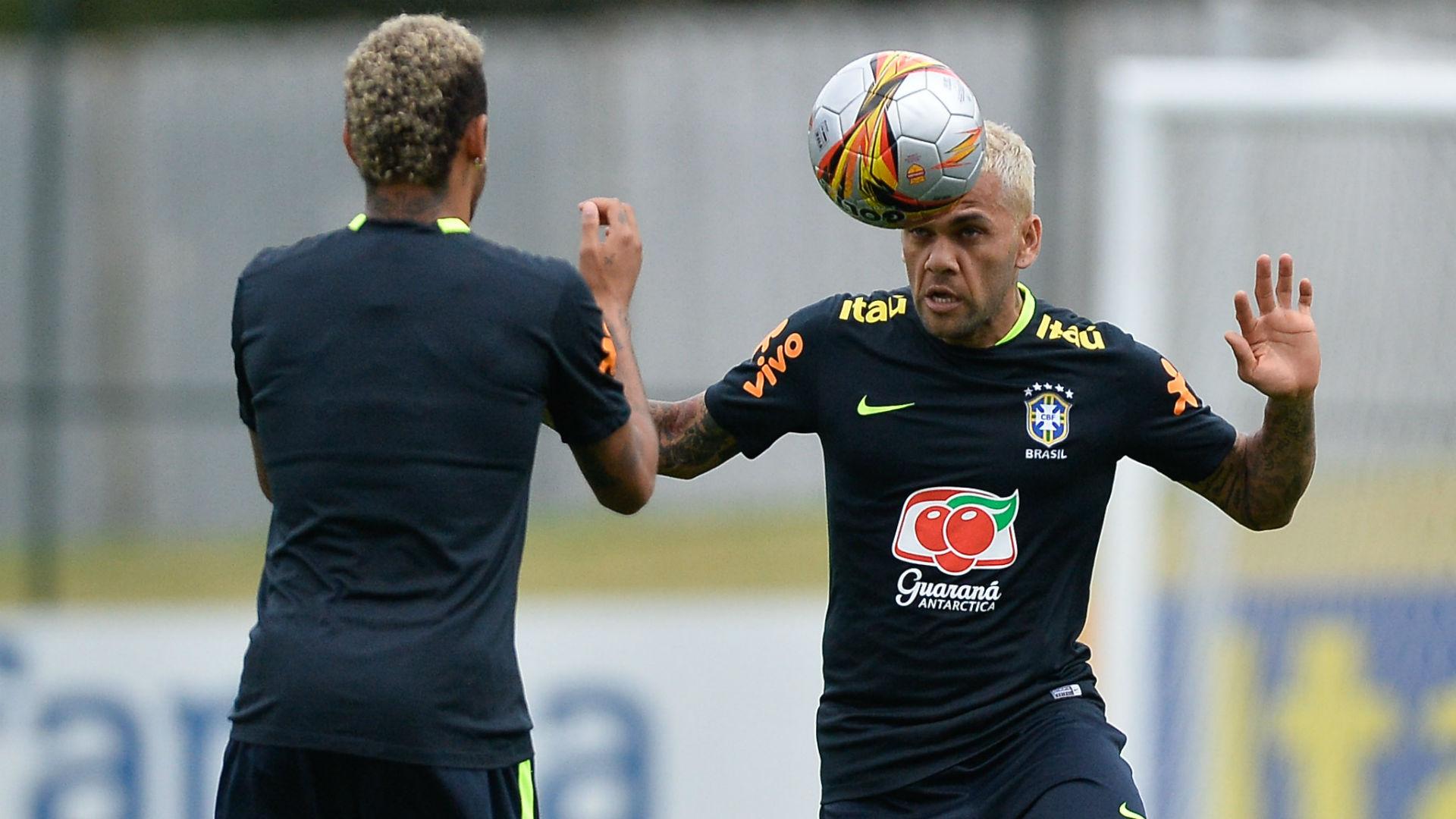 Neymar Daniel Alves treino Seleção Brasil 03 10 2017
