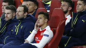 Alexis Sanchez Arsenal bench