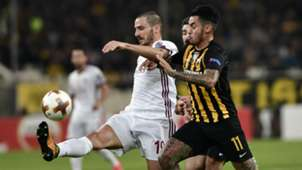 Leonardo Bonucci Sergio Araujo AEK Athens Milan UEFA Europa League 11022017