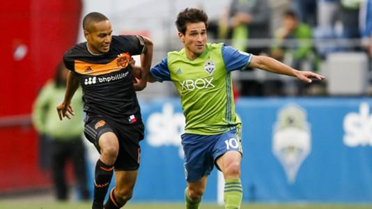Ricardo Clark Nicolas Lodeiro Houston Dynamo Seattle Sounders