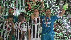 Mario Mandzukic Gigi Buffon Juventus Coppa Italia 2018