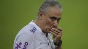 Tite Brasil treino amistoso 15 10 18