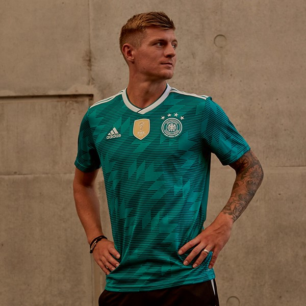 germany-2018-world-cup-away-kit (3).jpg